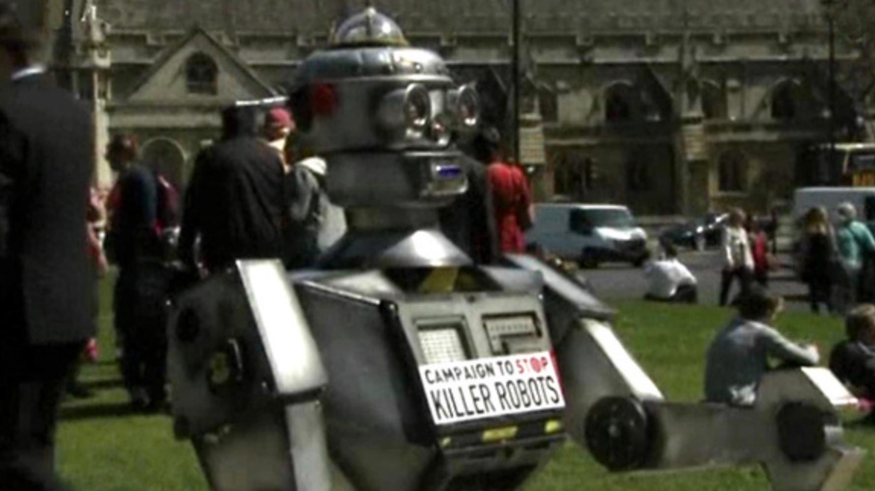 Killer-Roboter: Amazon, Microsoft und Palantir am Pranger