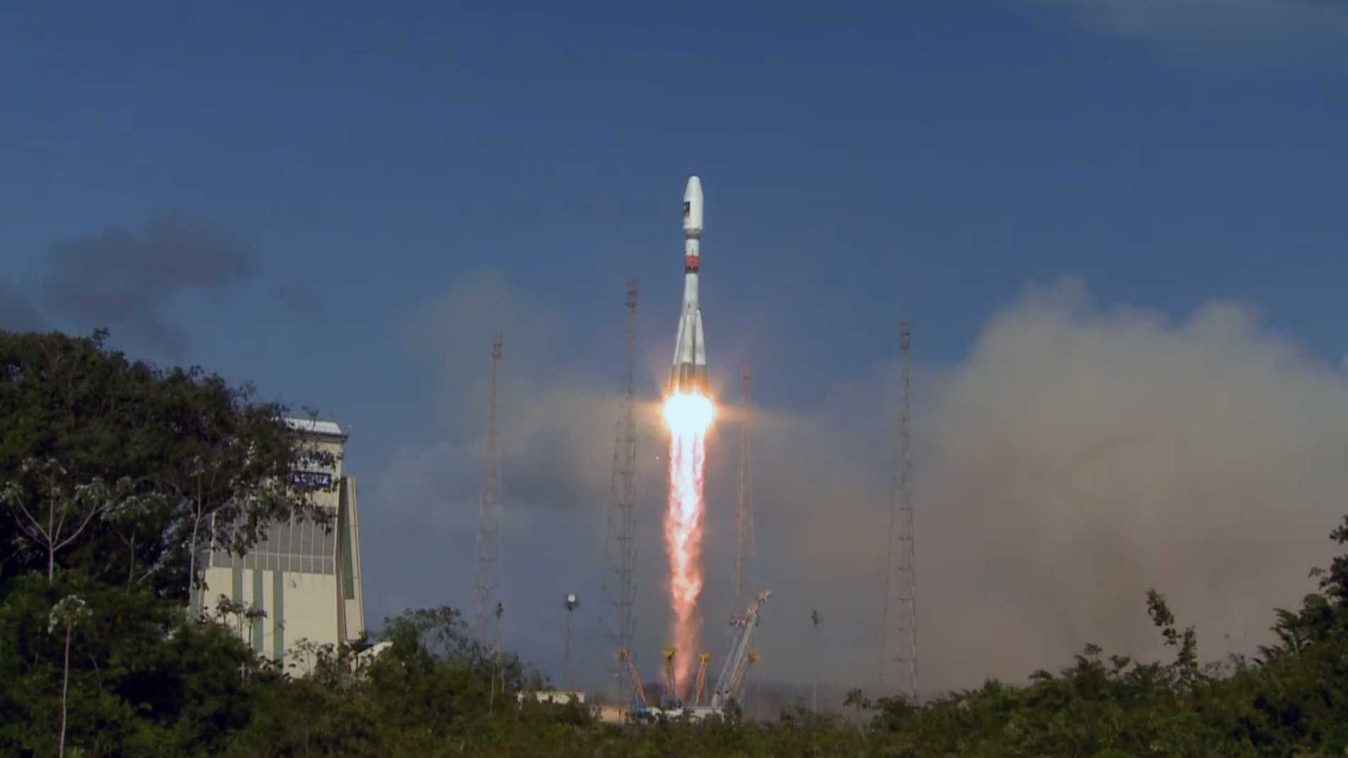 Zwei neue Galileo-Satelliten auf dem Weg ins All