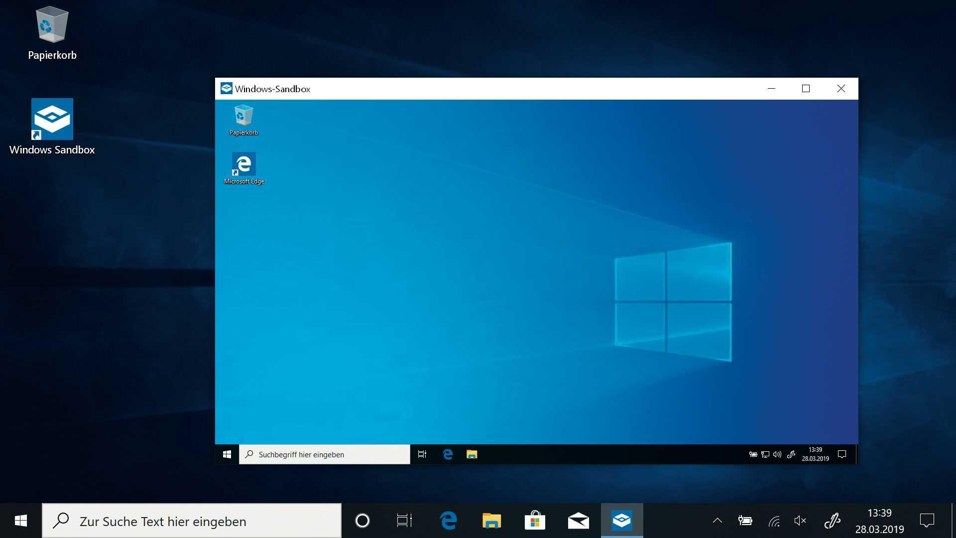 Die Windows Sandbox ähnelt einer Test-VM, nutzt aber Containertechnik – und belegt so kaum Platz auf der Platte.