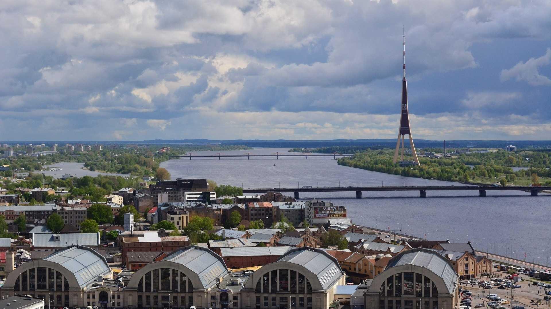 Lettland will das Fotografieren von Regierungsgebäuden beschränken