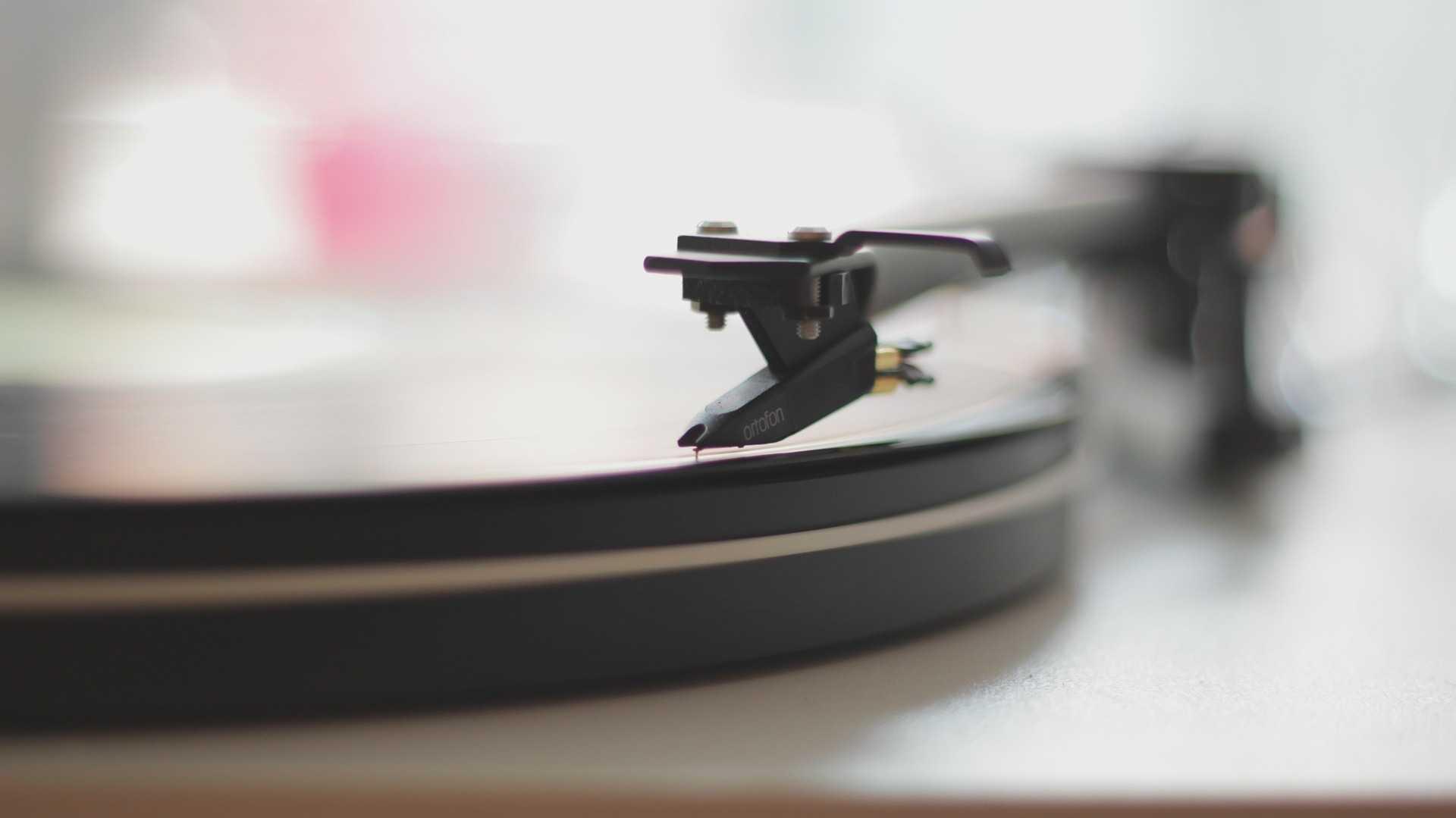 Halbjahresreport der Musikindustrie: Branche wächst stetig – Streaming-Geschäft holt rasant auf