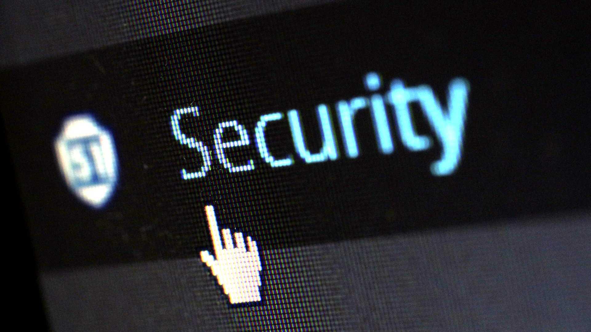 Schlagabtausch zu ZITiS: IT-Sicherheitslücken schließen oder ausnutzen?