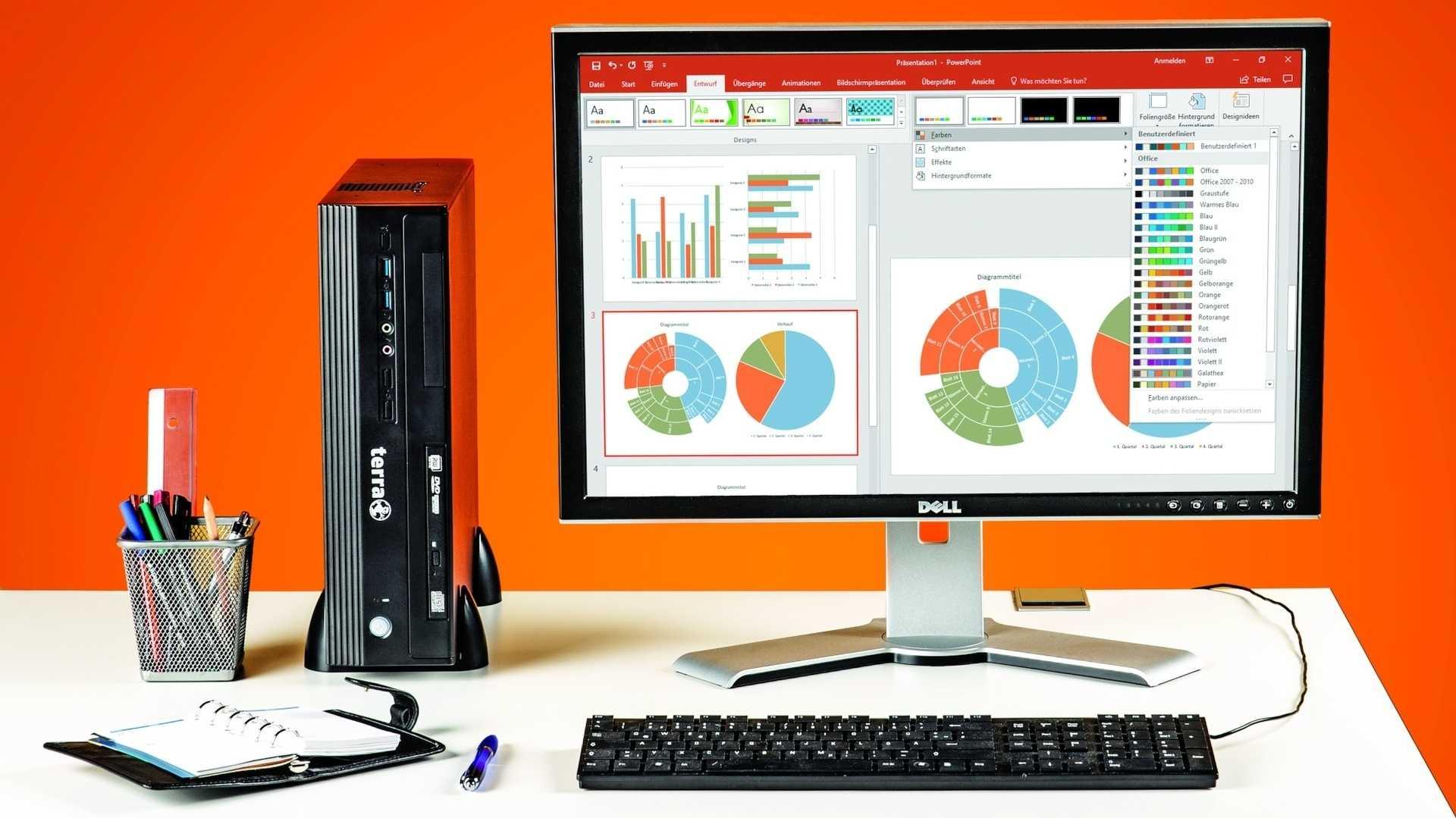 Arbeitsplatz mit Bürocomputer