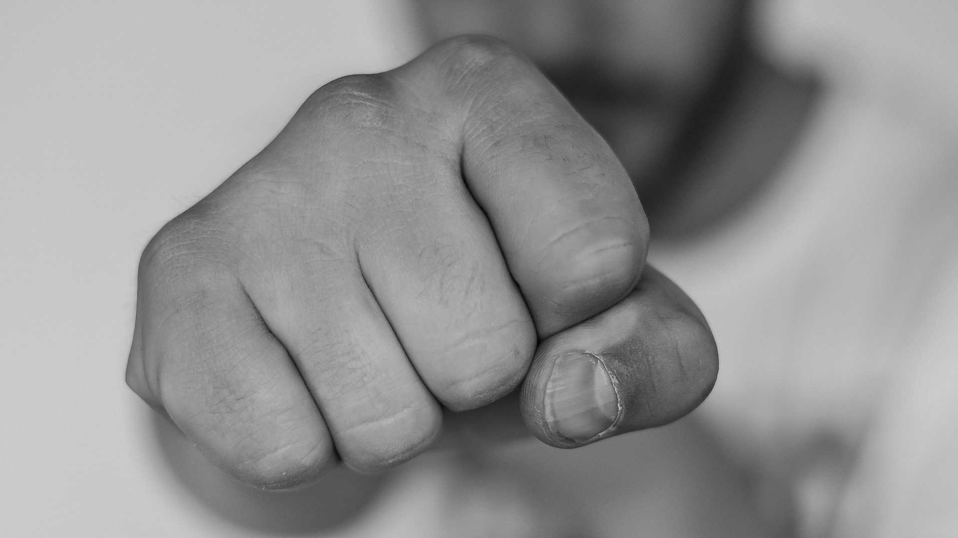 Studie zu Internet: 98 Prozent der Nutzer lehnen Beleidigungen ab