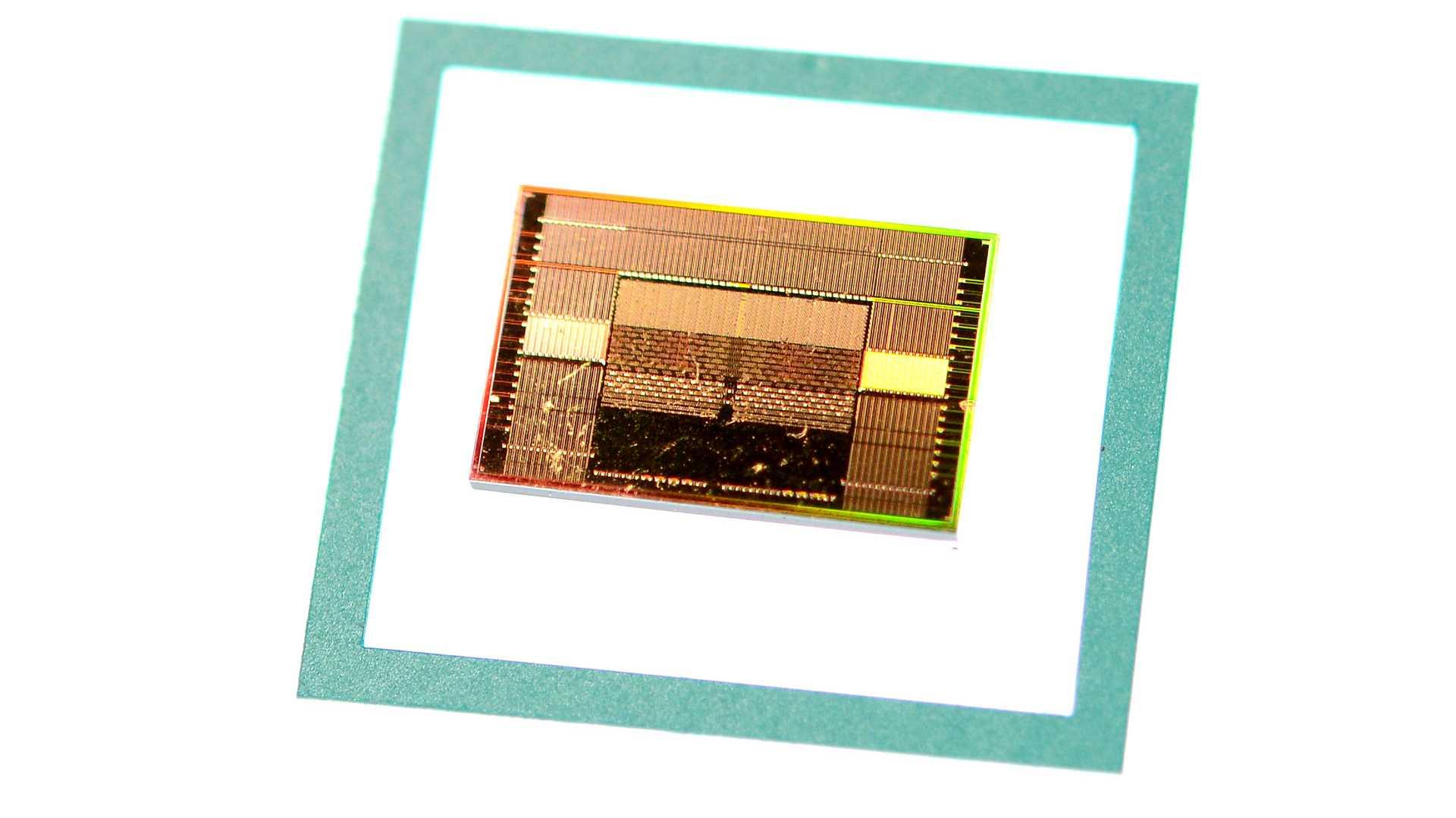 Schneller Samsung-Speicher Flashbolt: HBM2E mit 410 GByte/s pro Chip
