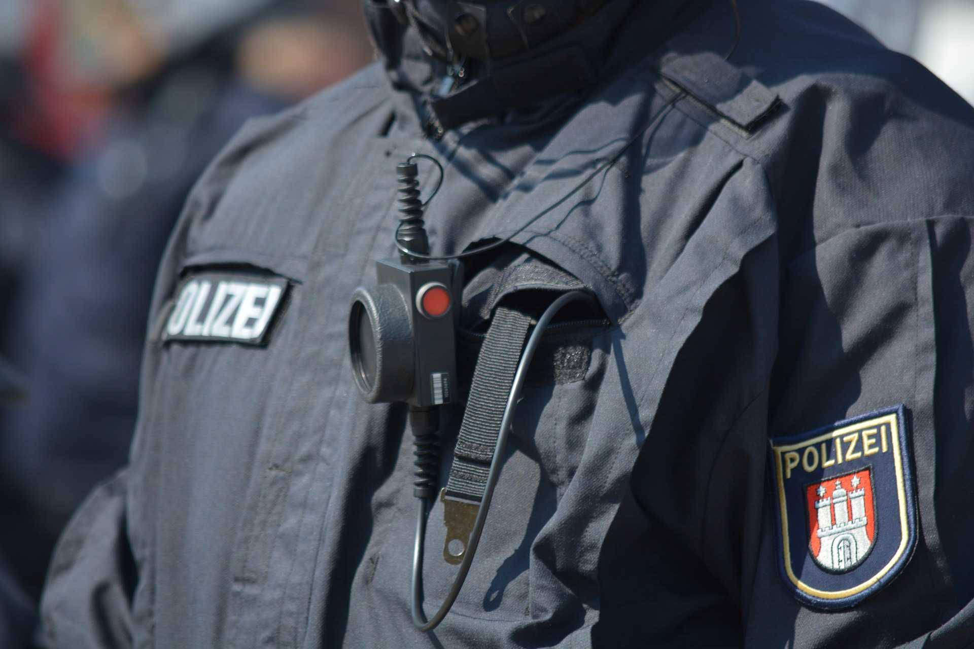 Polizei in Brandeburg speichert Aufnahmen von Körperkameras auf eigenen Rechnern