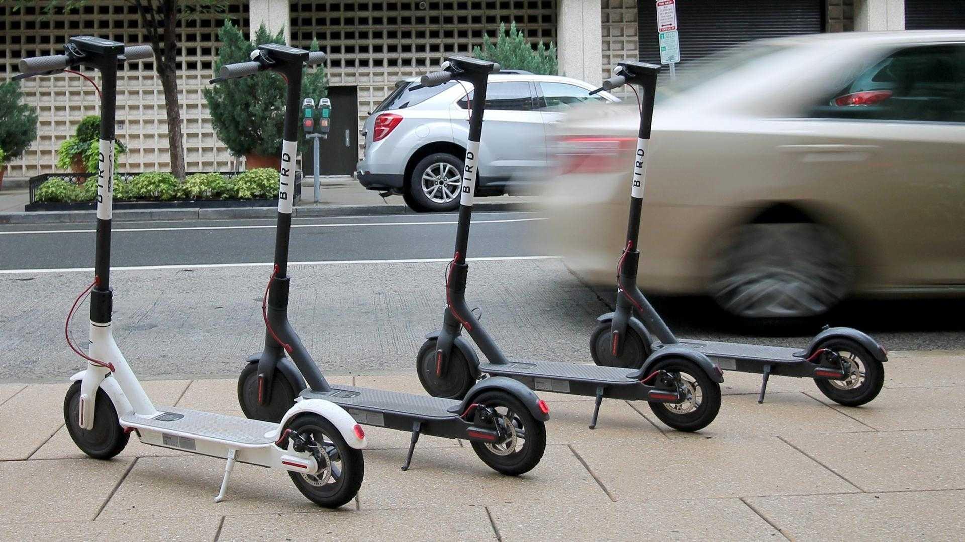 Österreich verbannt E-Scooter vom Fußweg