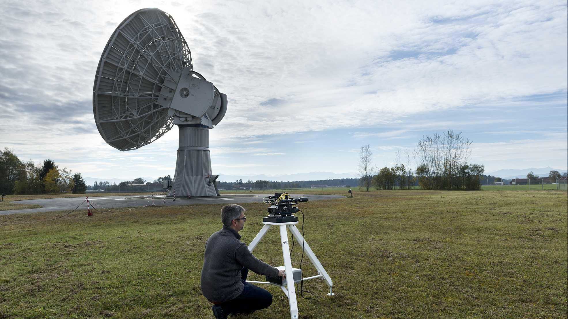 1,72 Terabit pro Sekunde: Weltrekord in Datenübertragung per Laser