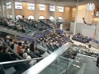 Blick von der Besuchertribüne im Bundestag