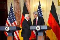 Steinmeier (li.) und Kerry