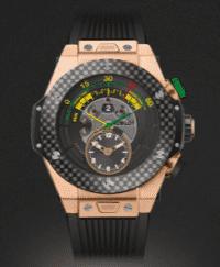 """Uhr von Hublot, hier die """"Big Bang Unico"""" in der Farbe """"King Gold Carbon""""."""