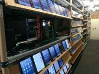 Blick in Microsofts Office-Teststation: iPads, soweit das Auge reicht.