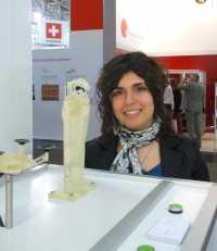 Filomena Simone ist Doktorandin am Zentrum für Mechatronik und Automatisierungstechnik und hat die Roboterhand mit entwickelt.