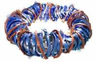 Komplex geformte Spulen bauen den magnetischen Käfig für das Plasma auf.