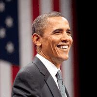 Barack Obama vor US-Fahne