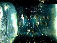 Unter einen Mikroskop wird die Aufschrift des Lighning-Chips im Audio-Adapter sichtbar: 338S00140 0KR1618 TW. Seine genauen Spezifikationen sind uns bislang unbekannt.