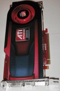 AMD will sich mit der Radeon HD 4890 gegen Nvidias kommende GeForce GTX 275 behaupten.