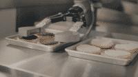 USA: Roboter Flippy brät die Burger