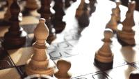 Forscher bringen KI Schachspielen durch Auswerten von Text-Informationen bei