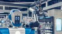 """Roboter """"Alex"""" verkauft in einer Conrad-Filiale in Berlin"""
