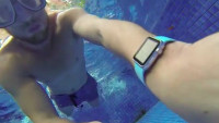 Apple Watch: Ein Sprung in den Pool