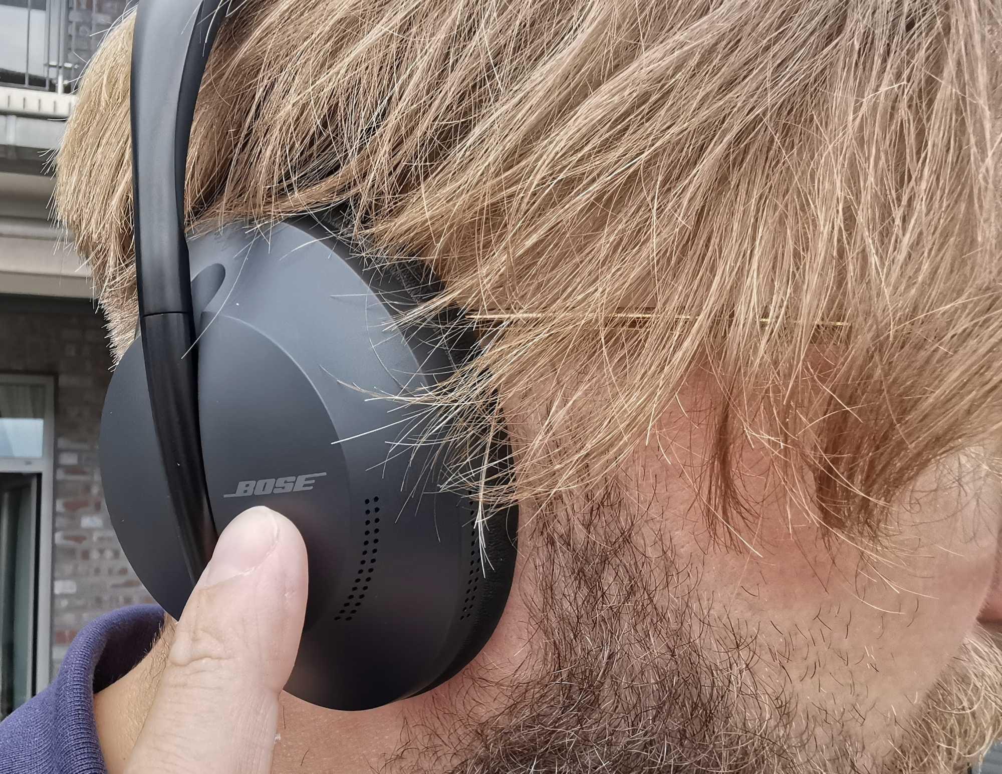 Mit acht Mikrofonen gegen Lärm: Bose Noise Cancelling Headphones 700 ausprobiert
