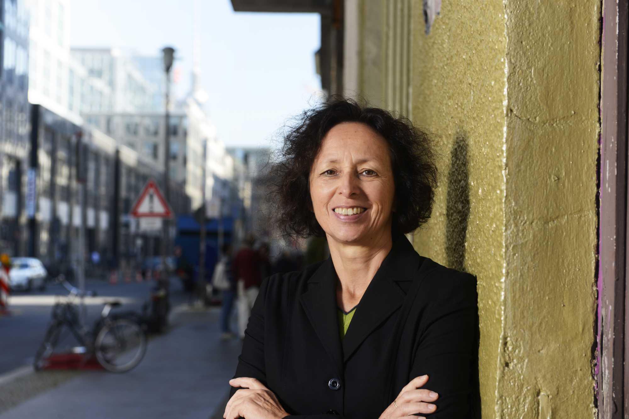 Assange könne in den USA nicht mit einem fairen Verfahren rechnen, warnt die Grünen-Abgeordnete Margit Stumpp.