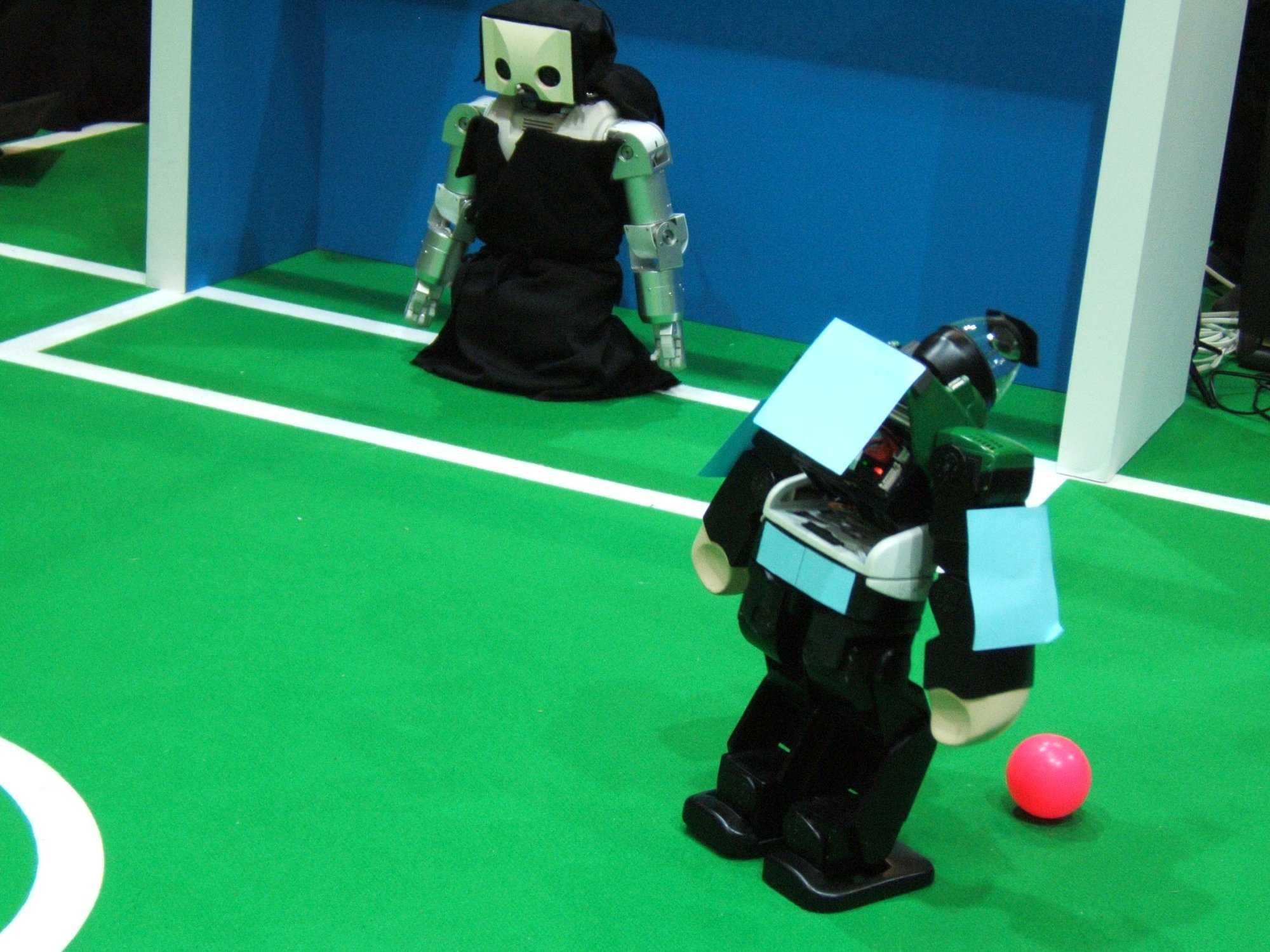 Der humanoide Roboter Vision Nexta denkt