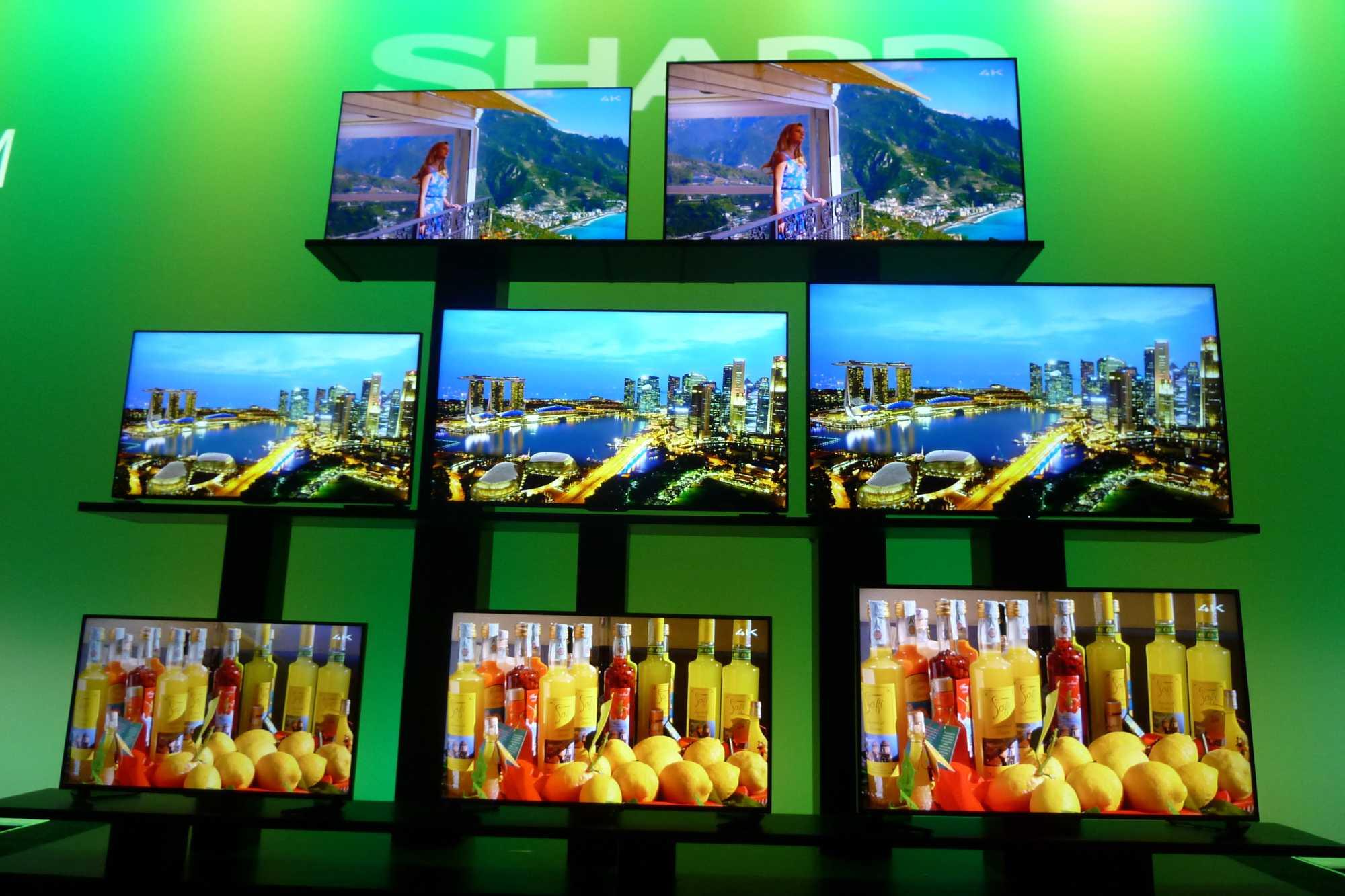 Sharp zeigt 4K-TVs mit Androis-OS sowie DIsplays mit Vierfarb-Quatron-Technik nebst Quantenpunkten.
