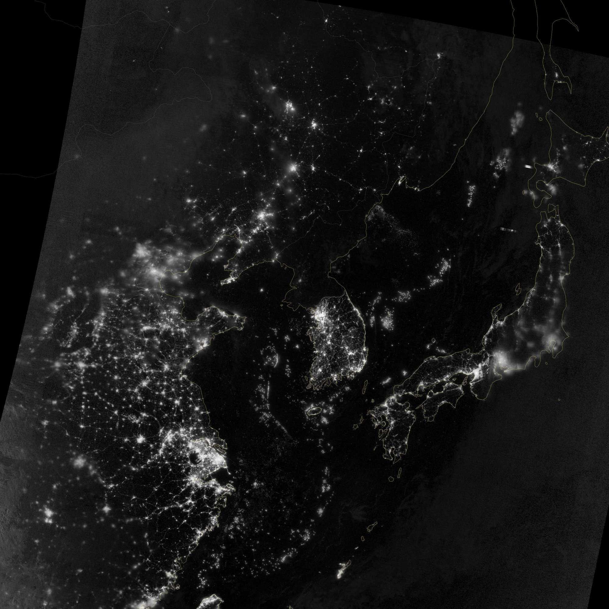 Satellitenaufnahme bei Nacht: China, Korea, Japan