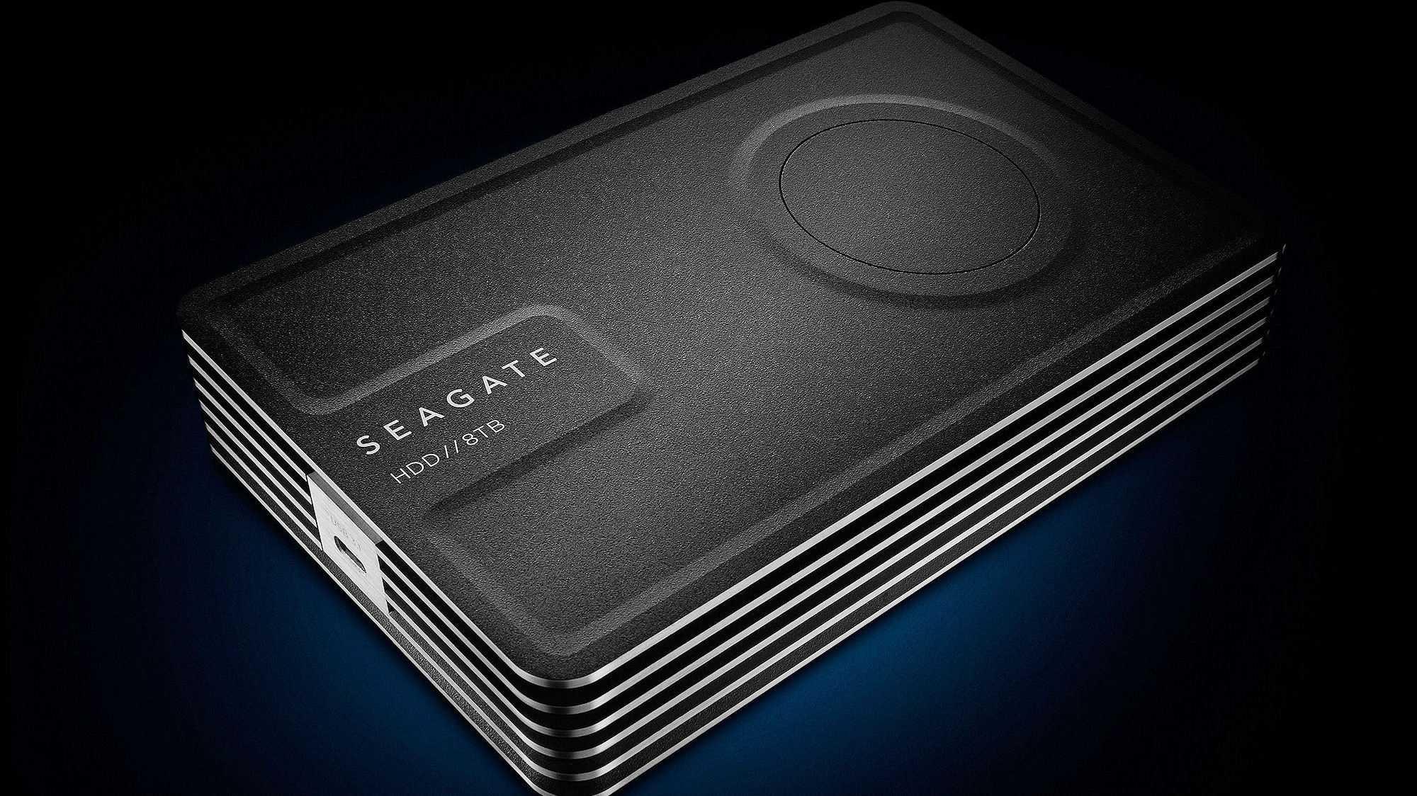 Seagate: Externe 3,5-Zoll-Festplatte ohne Netzteil