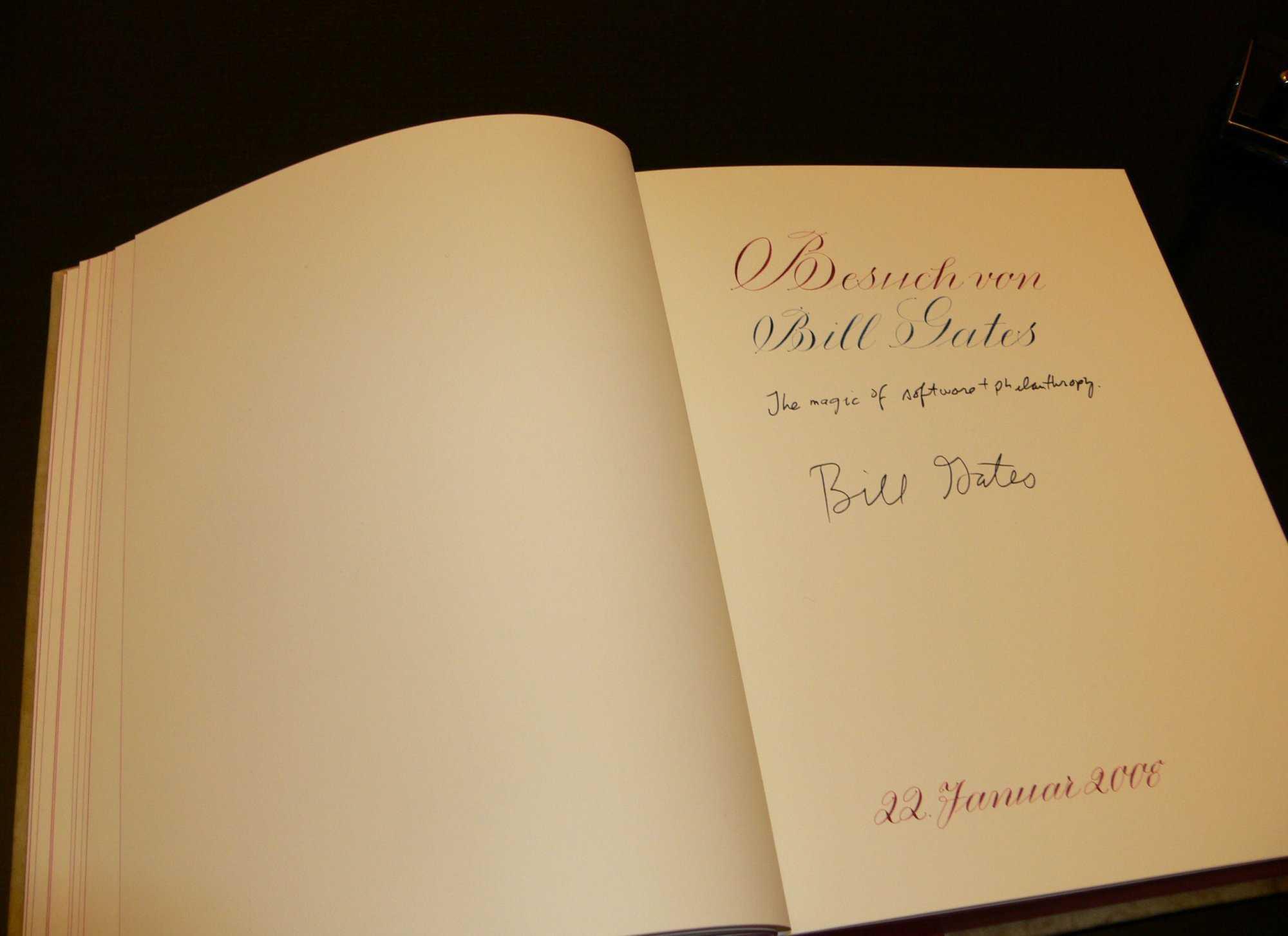 Gates-Eintrag in Berlins Goldenem Buch