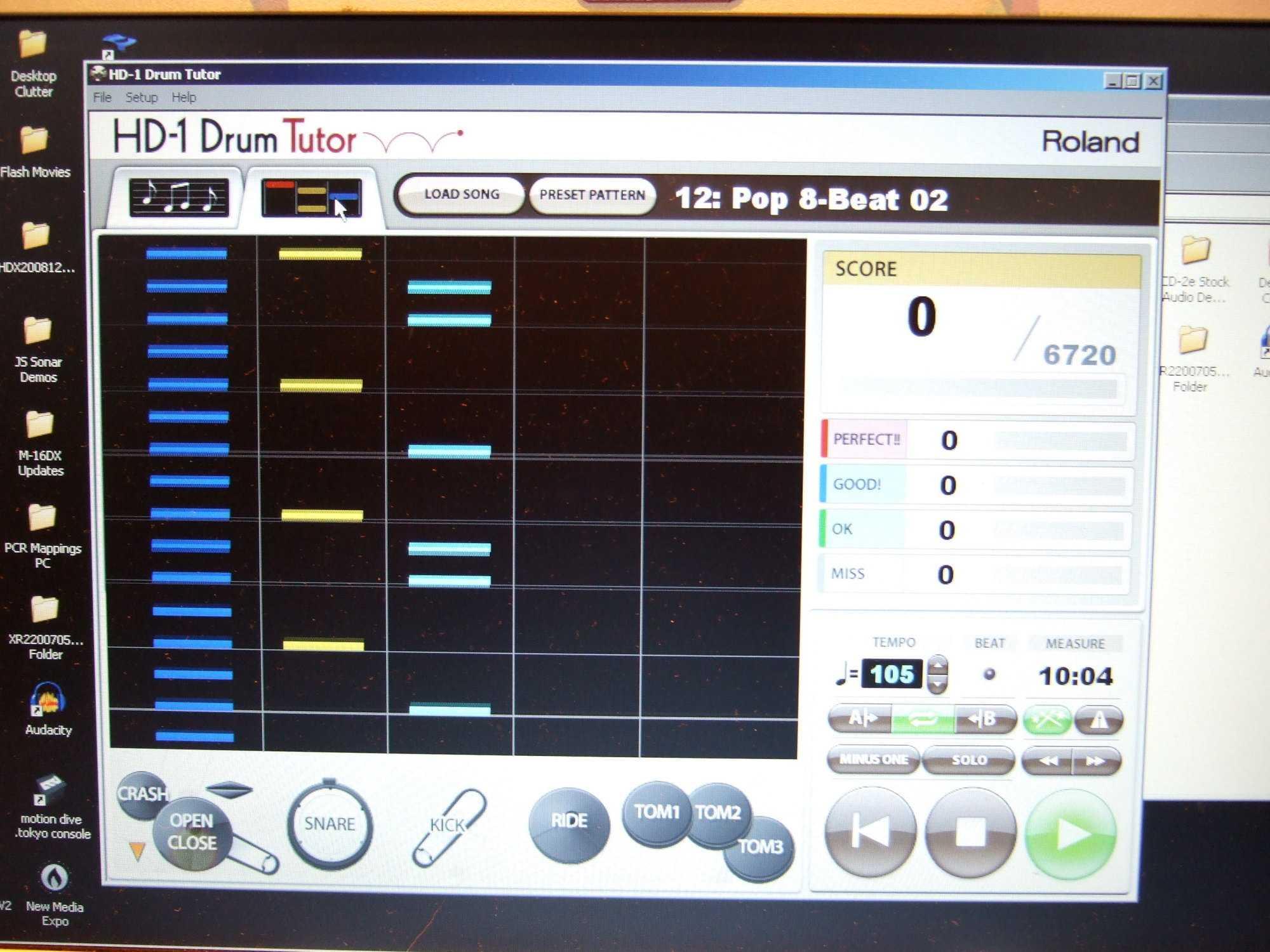 Rolands Drum Tutor im Game-Modus; auf Wunsch lässt sich auf Notendarstellung wechseln.