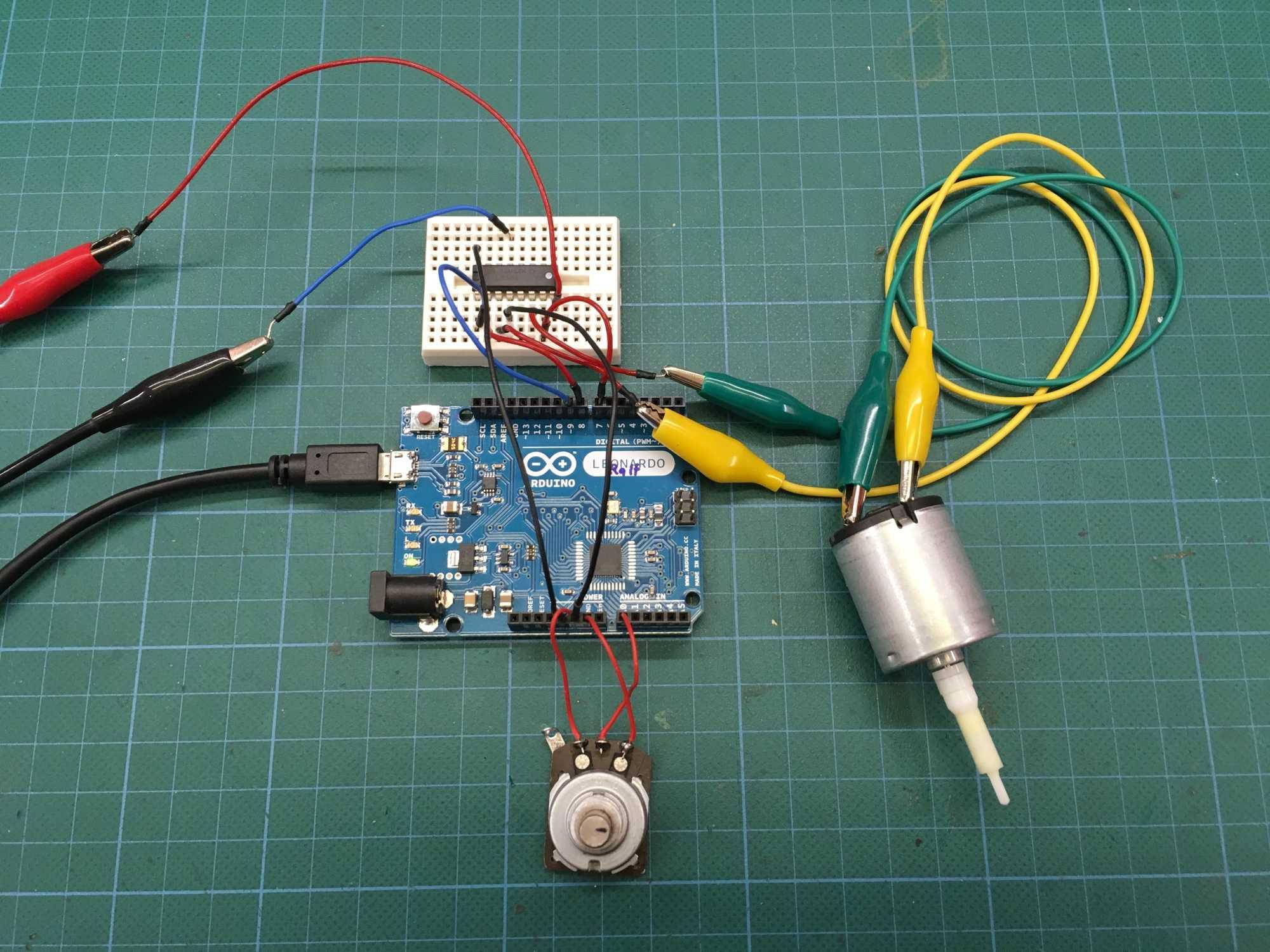 Aufbau von Arduino und Motor