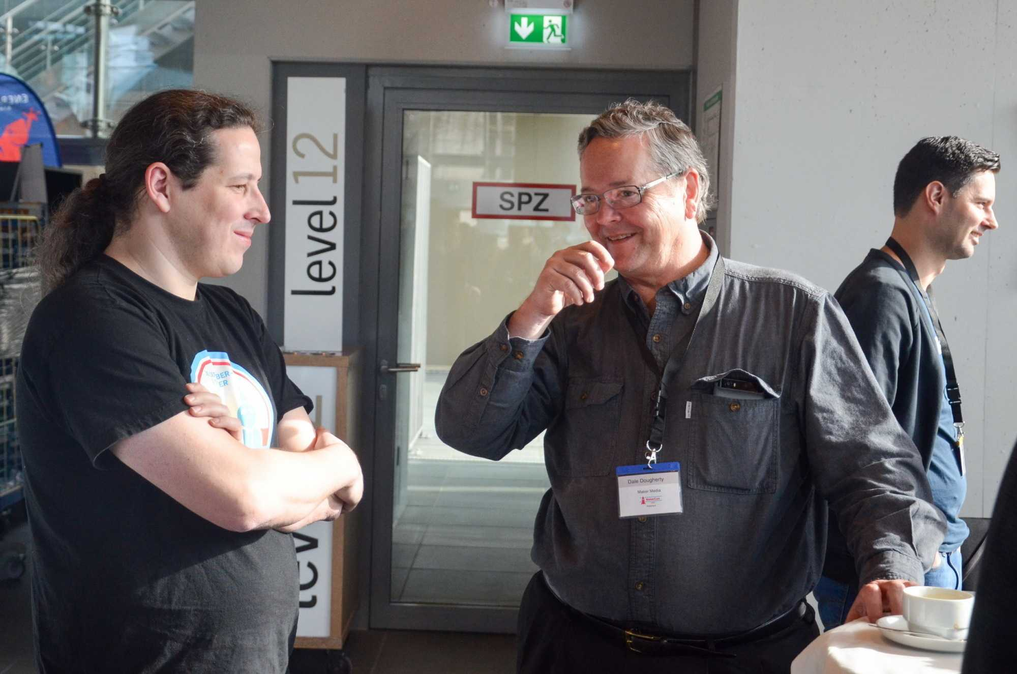 Angeregter Dialog der beiden Keynotesprecher Mario Lukas und Dale Dougherty