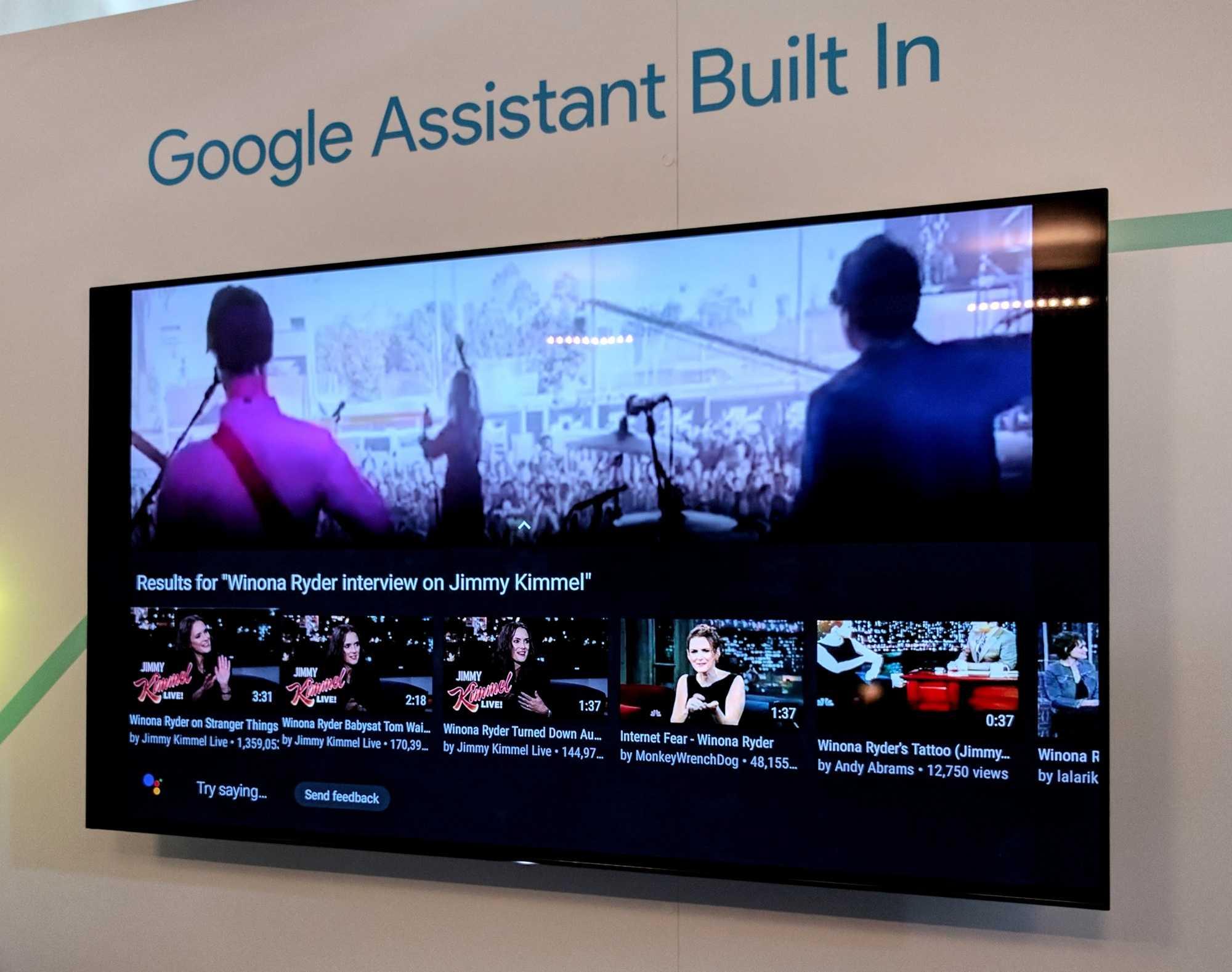 Der Assistant sucht unter anderem nach Inhalten, kann aber auch auf dem TV smarte Lampen steuern oder eine Wettervorhersage auf dem TV einblenden.