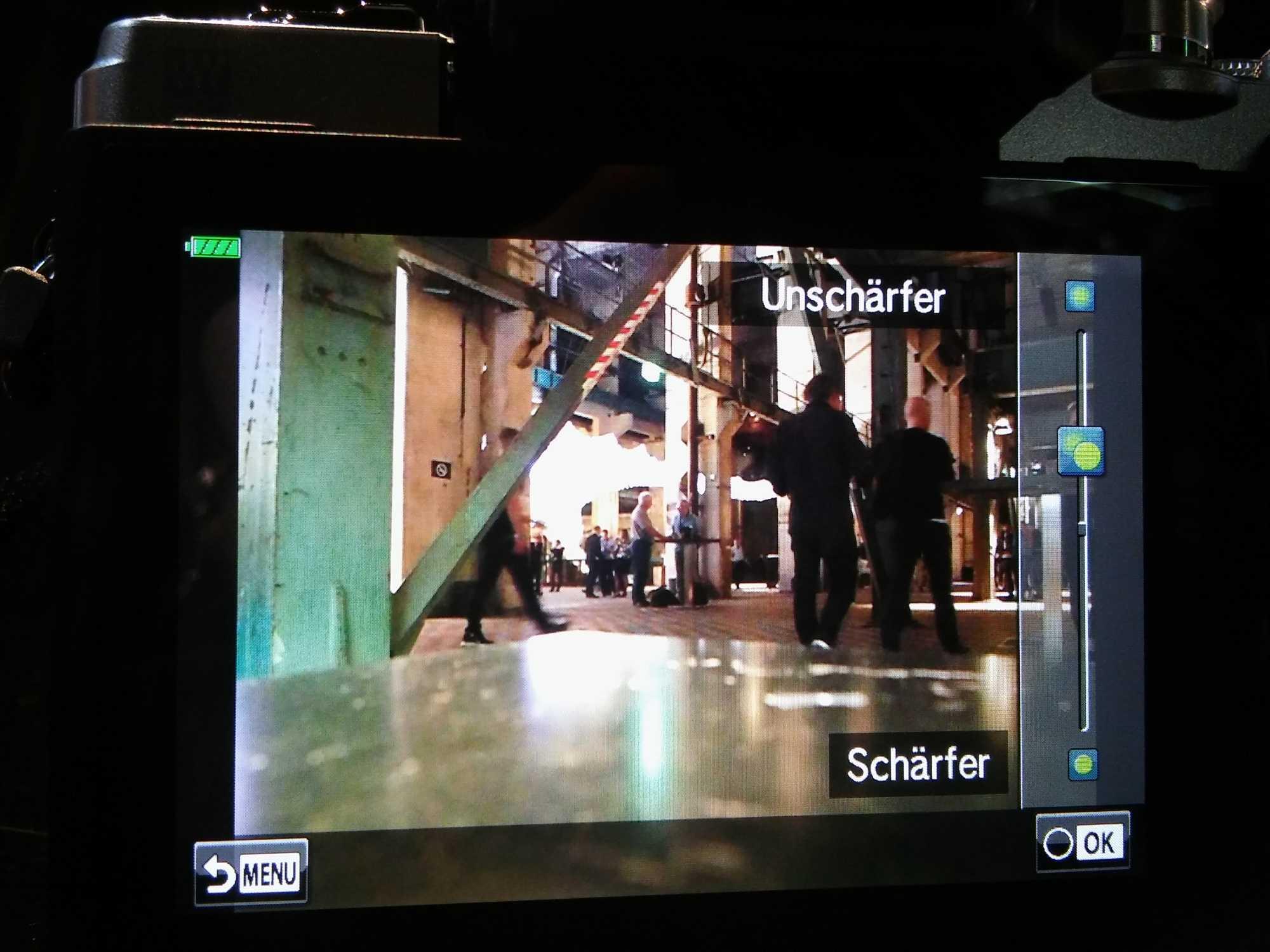 Mit Schiebereglern kann die Bildwirkung im Live-View direkt getestet werden.