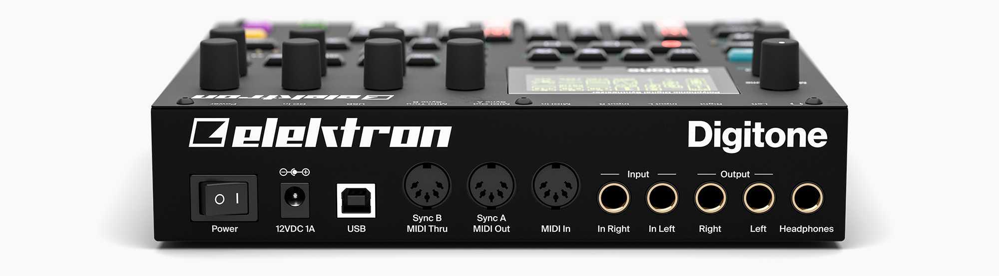 An der Rückseite befinden sich die üppig bestückten Anschlüsse. Allerdings leitet Digitone seine einzelnen Stimmen nur als Summe aus. Zugriff auf die vier einzelnen Ströme soll per USB-Audio über die Overbridge-Software möglich werden.