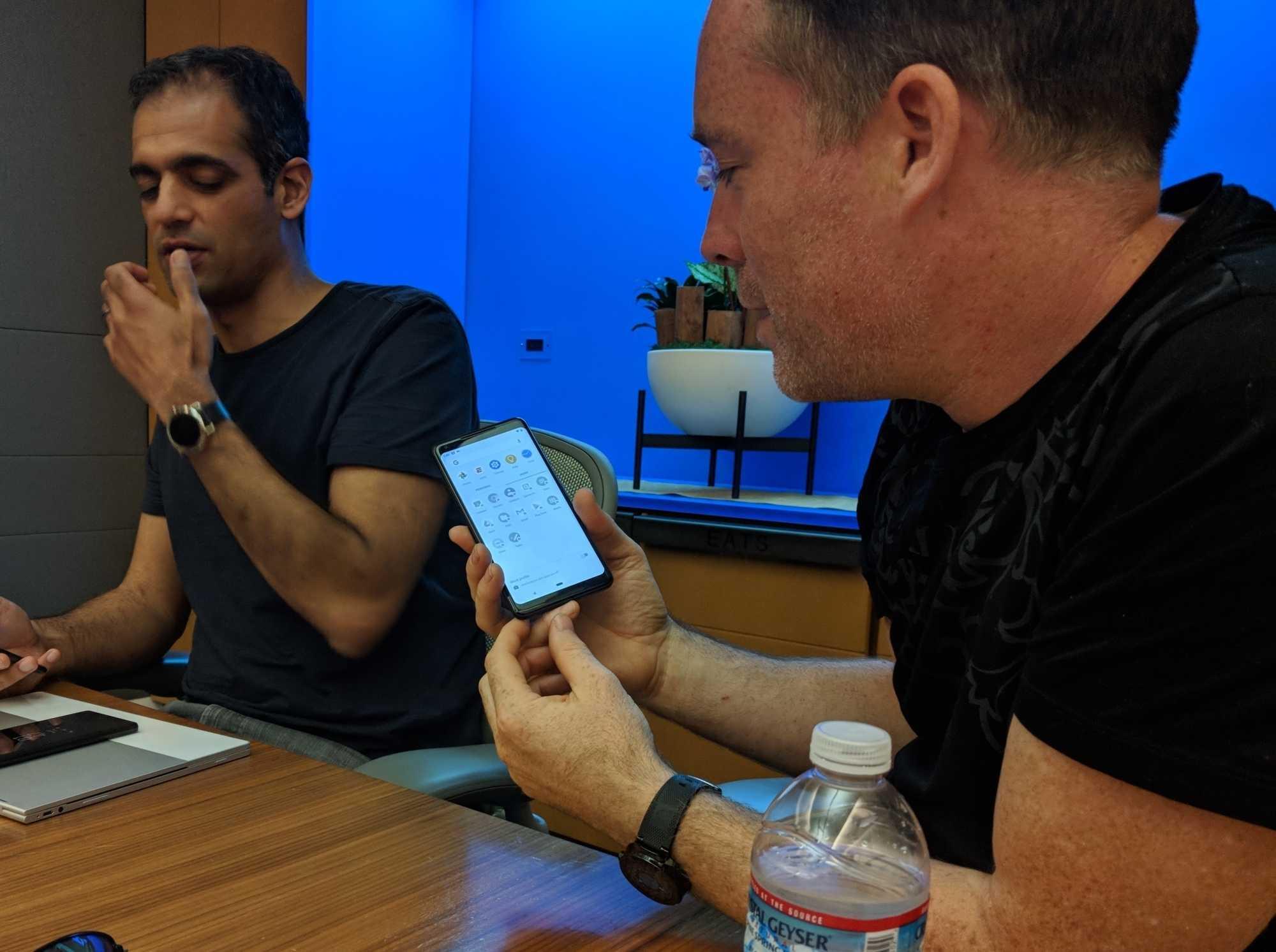 Mit Profilen lassen sich privat und beruflich genutzte Apps auf dem Smartphone trennen.