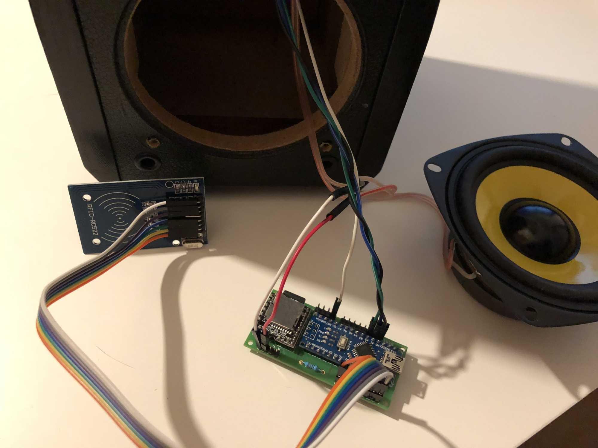 Tonuino: DIY-Musikbox mit RFID-Karten und Arduino