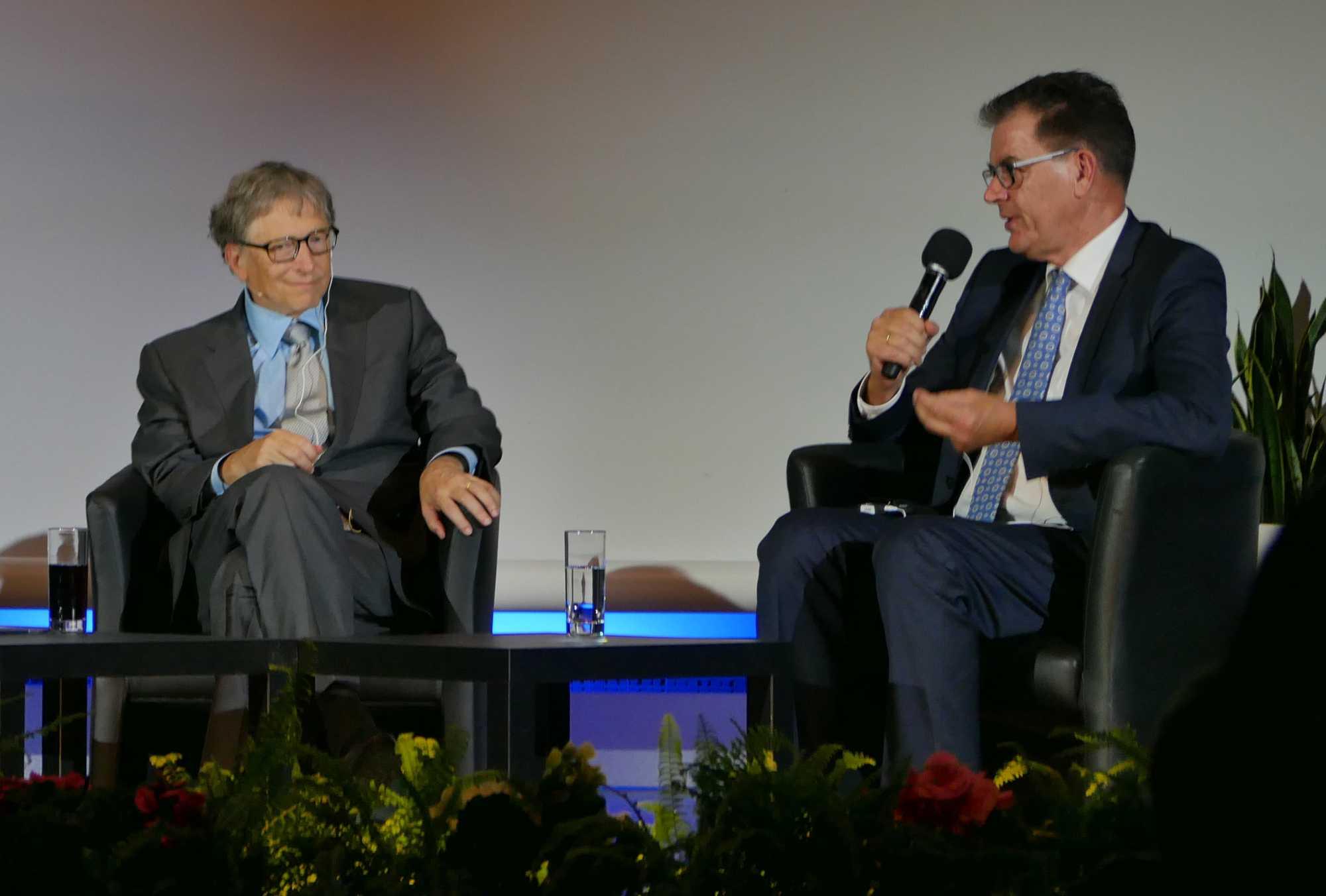 Gates mit Minister Gerd Müller.