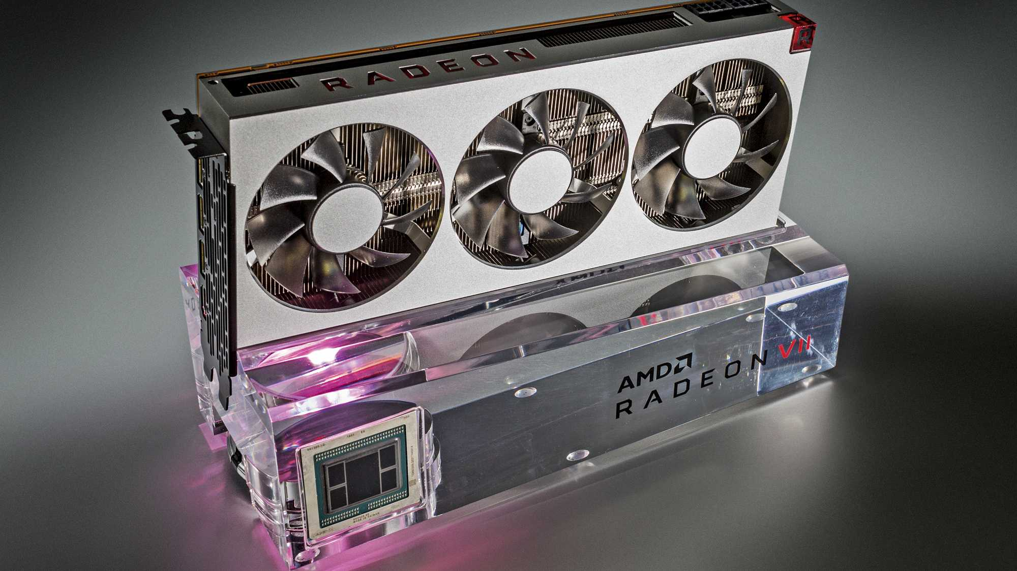 Radeon VII Review Kit: Bilder der Testkarten