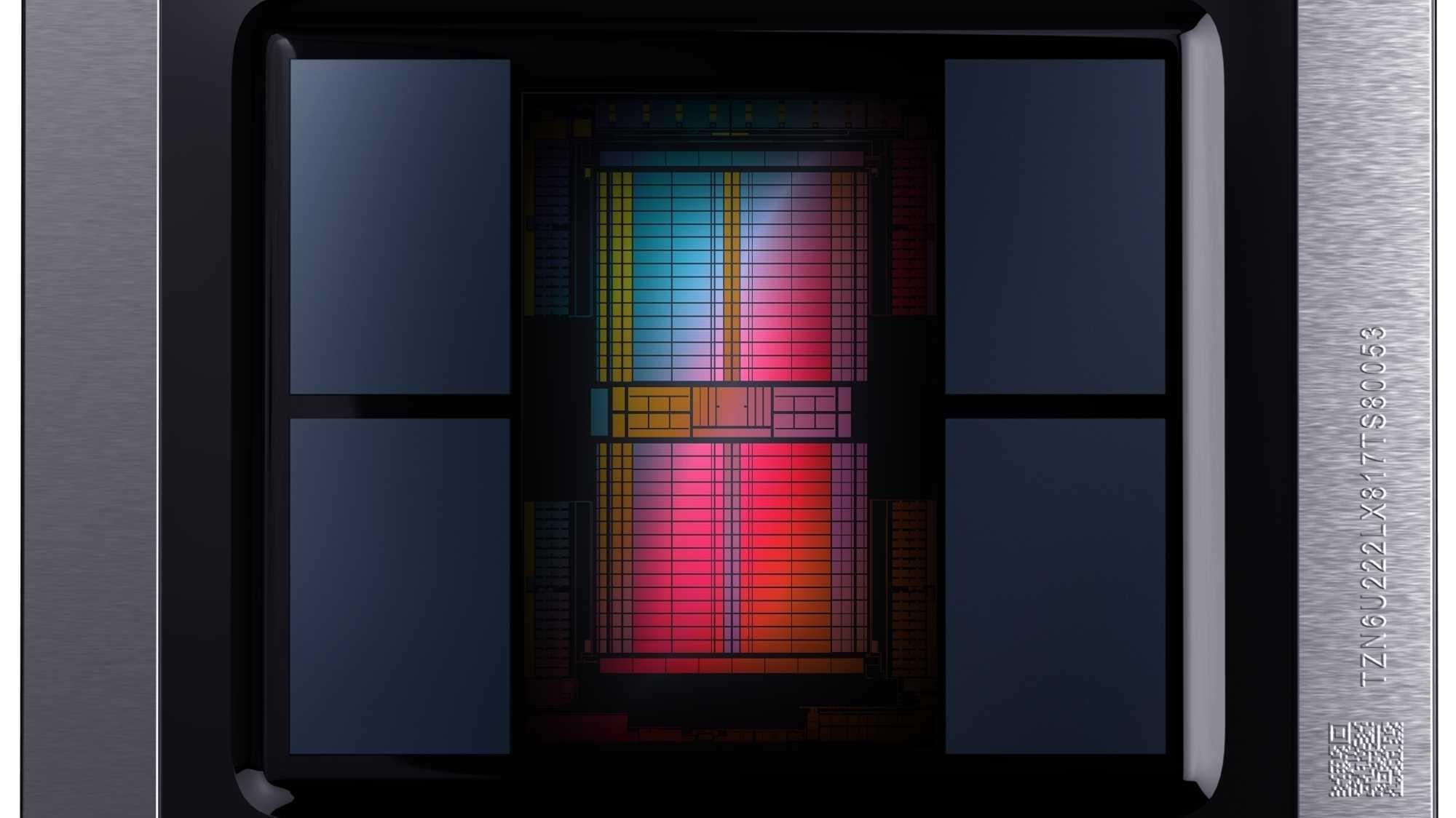 Die Radeon-VII-GPU soll mit bis zu 1,8 GHz laufen und einer GeForce RTX 2080 Konkurrenz machen. Ihr HBM2-Speicher liefert einen Durchsatz von 1 TByte/s.