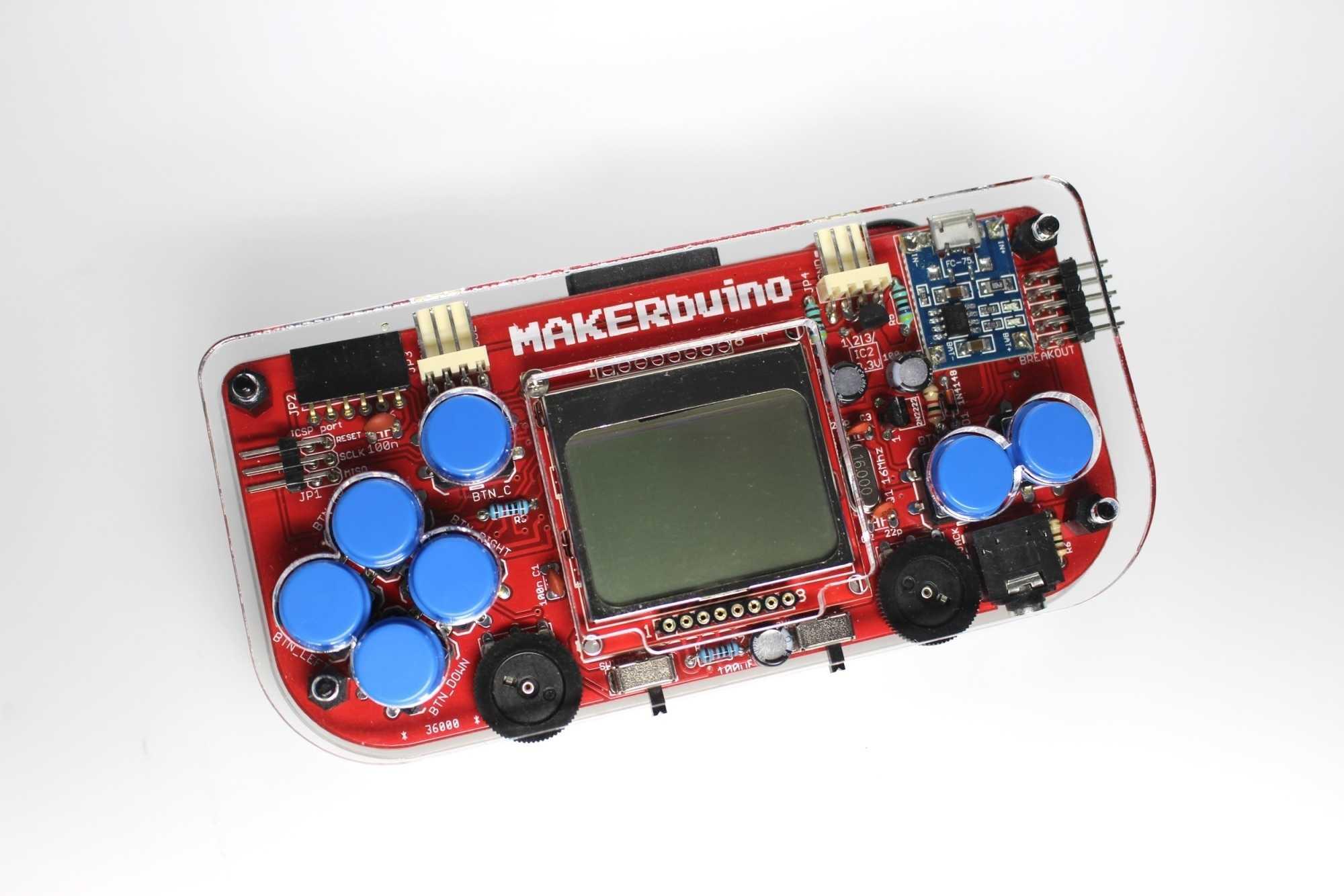 Zusammengebauter Makerbuino in durchsichtigem Gehäuse