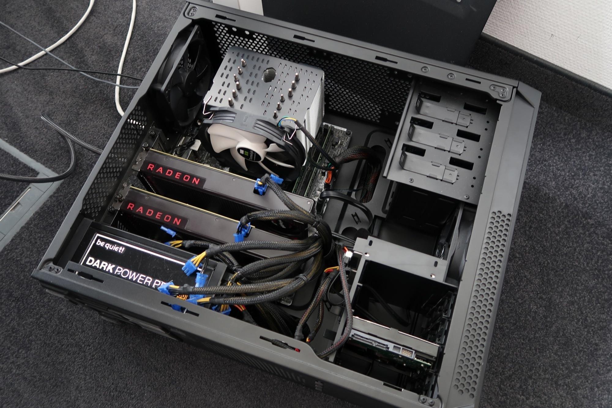 Mining-Rig im Eigenbau: Zwei Radeon RX 480 schaffen 51 Megahashes pro Sekunde.
