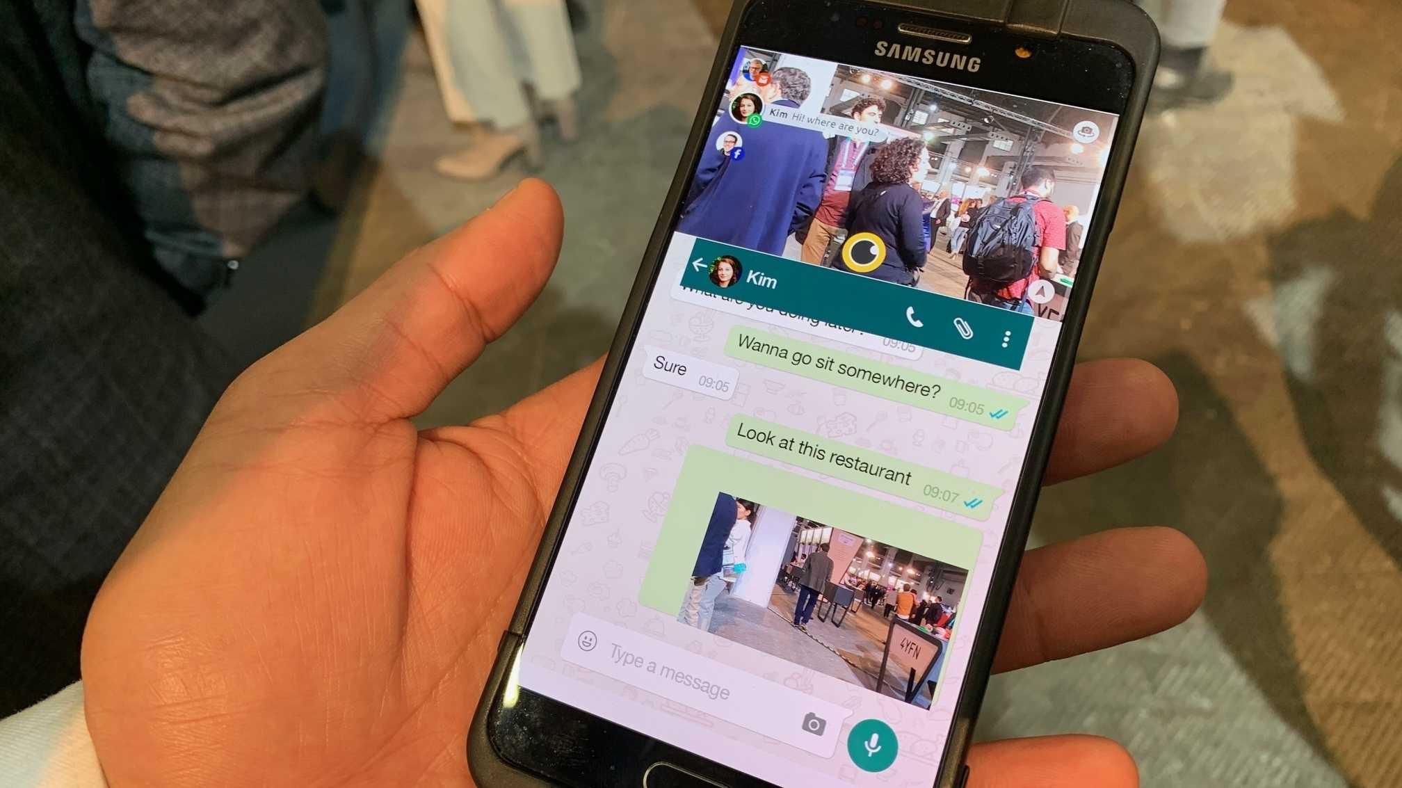 Third-i: Aufs Smartphone starrend durch die Welt