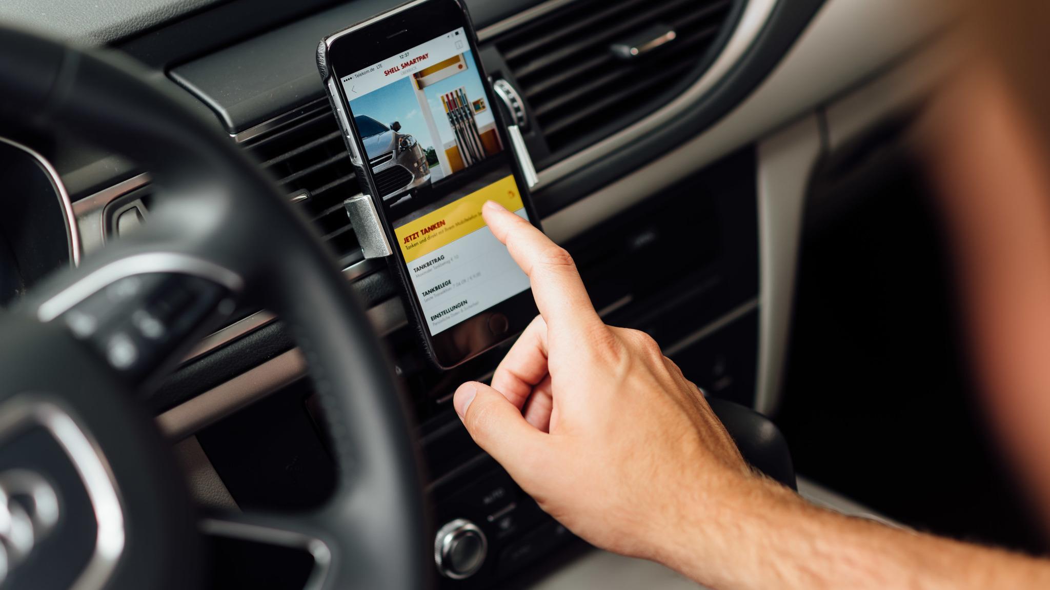 Paypal Guthaben Karte Tankstelle.Shell Und Paypal Bieten Mobiles Bezahlen An Tankstellen