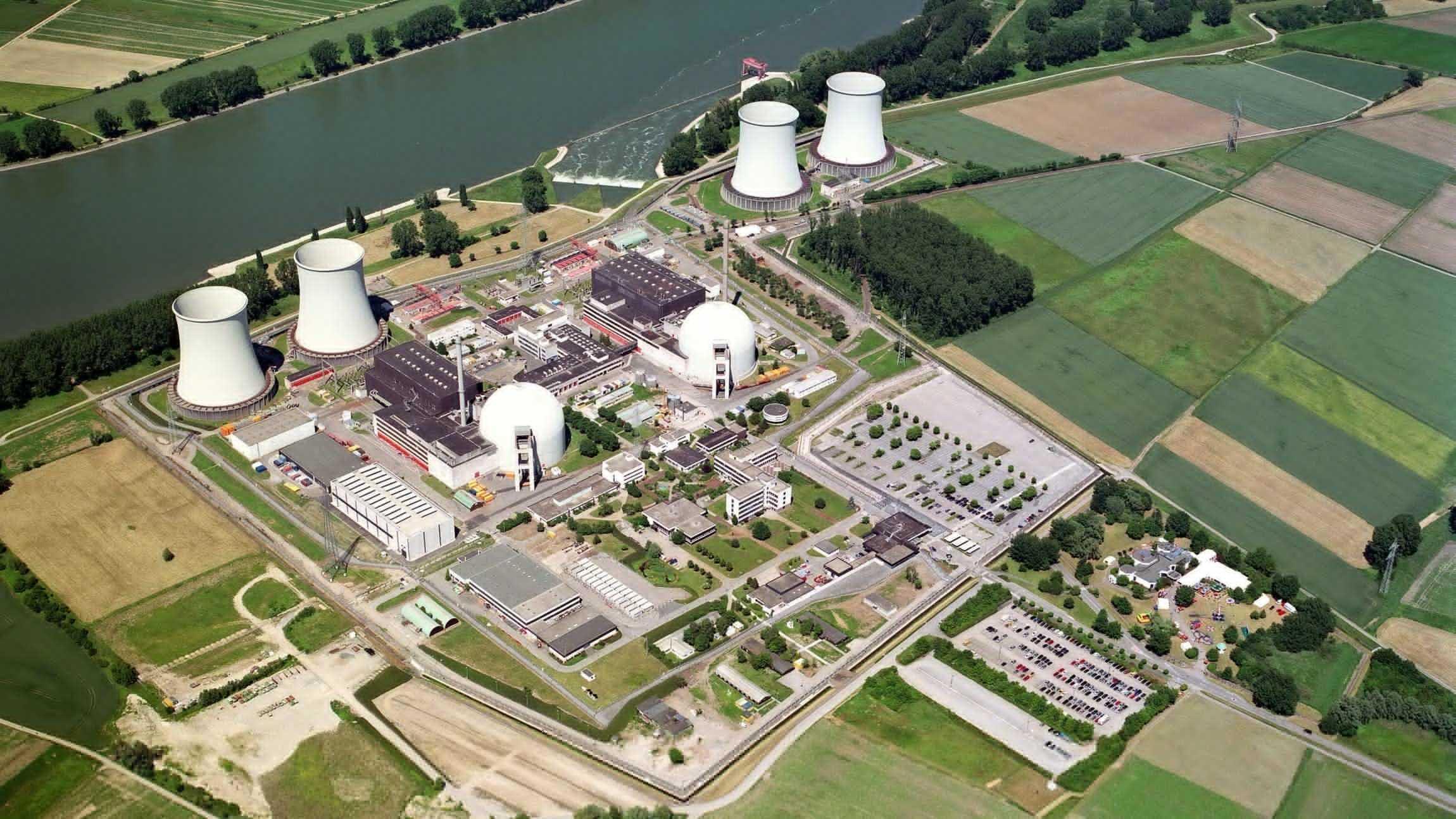 AKW-Rückbau in Biblis: Atomkraftwerk-Silhouette bleibt