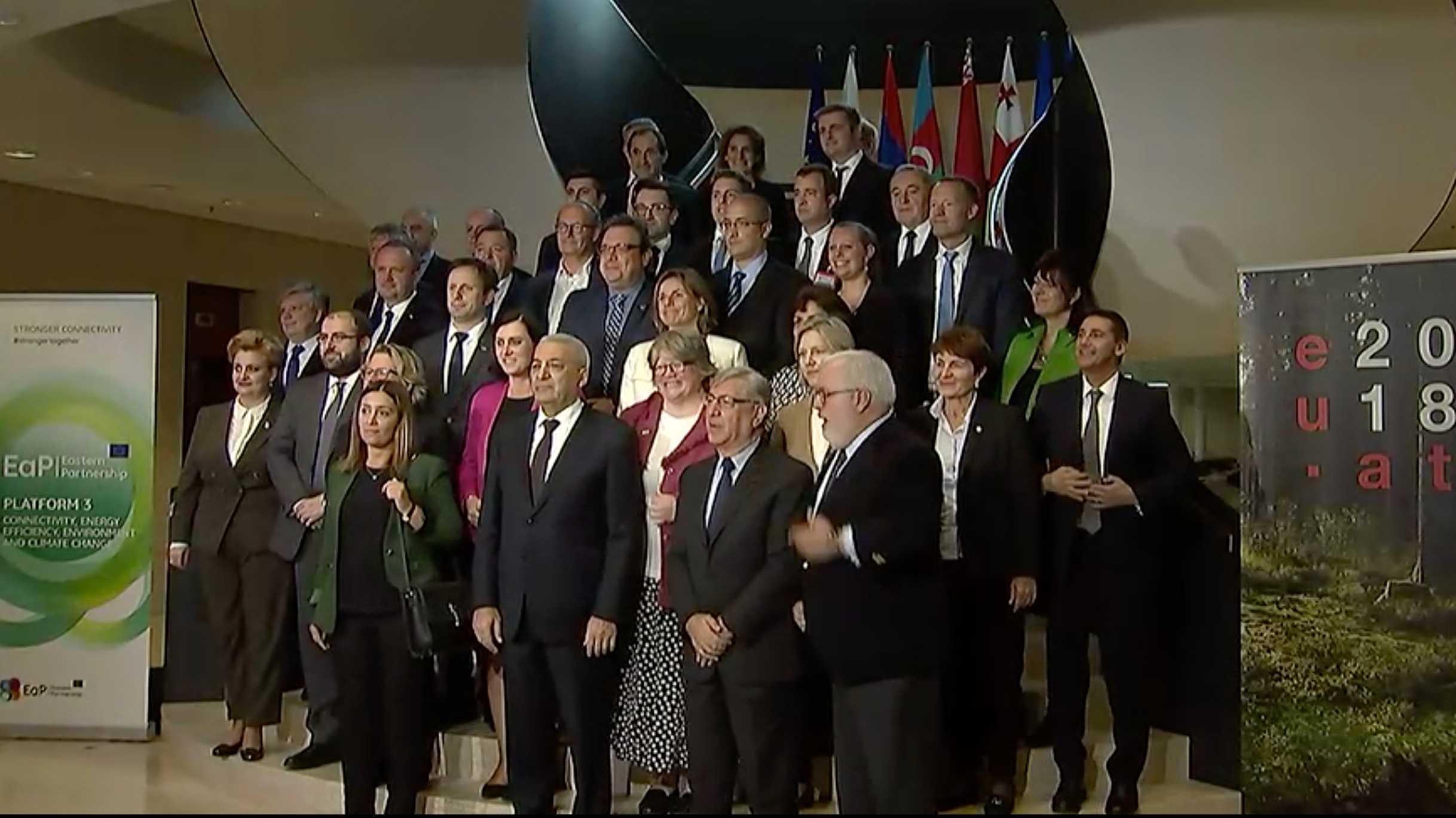 EU-Umweltminister stimmen für schärfere CO2-Grenzwerte für Neuwagen