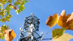 Sendeanlagen im Herbst